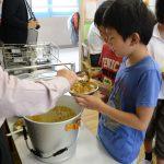 小学校と保育園で小平市内産野菜を使った「カレーの日」!/小平市