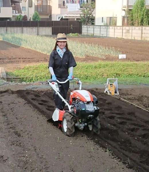東京むさし・日付なし・実習で農業の基礎を学び農家に寄り添える職員を目指す